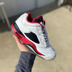 Jordan 5 Low - Fire Red